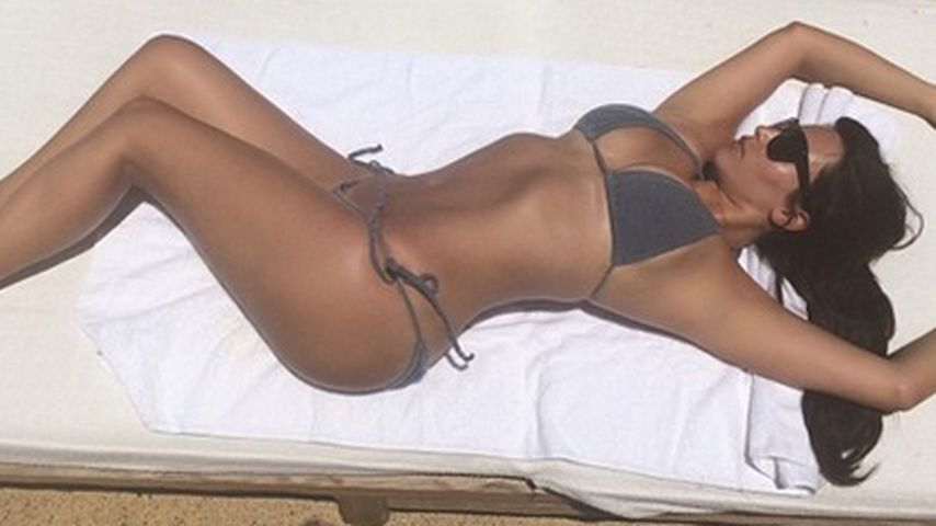 Heiß! Kim Kardashian präsentiert Pracht-Kurven