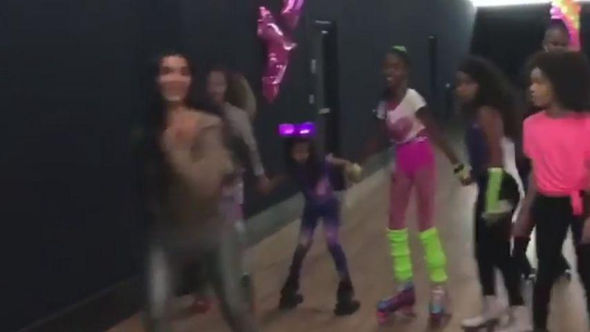 Kim Kardashian auf der Geburtstagsparty von P. Diddys Zwillingen Jessie James und D'Lila