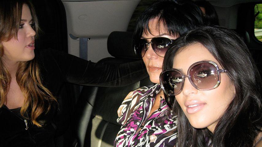 Knast-Selfie: Kim Kardashian zeigt Gefängnis-Pics von Khloe