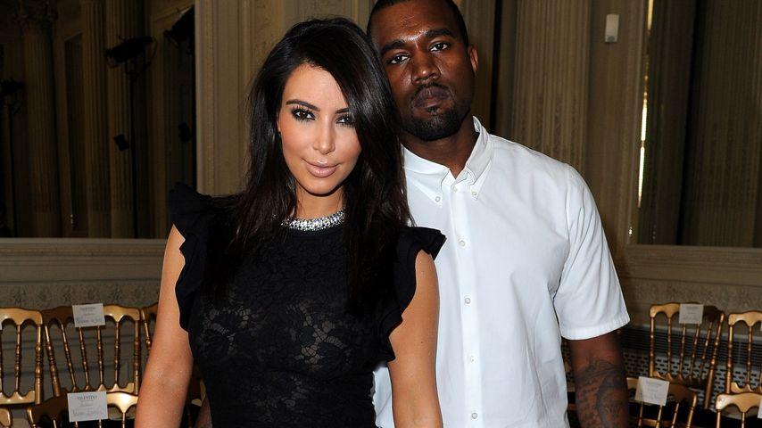 Kim Kardashian und Kanye West auf der Fashion Week in Paris im Jahr 2012