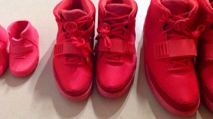 Happy Family! Wer trägt denn die gleichen Schuhe?