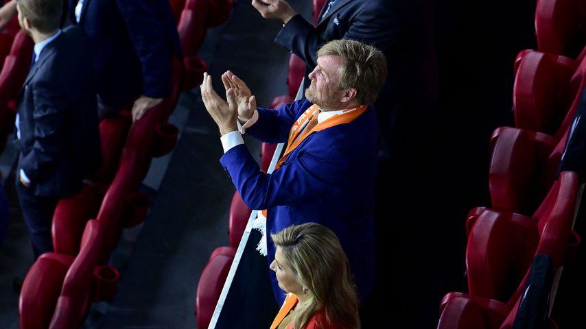 König Willem-Alexander und Königin Máxima beim Spiel zwischen der Niederlande und der Ukraine