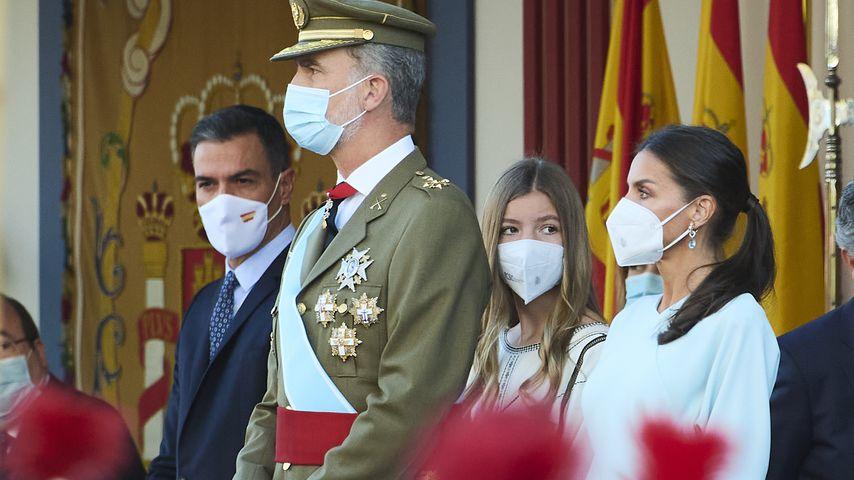 König Felipe, Prinzessin Sofía und Königin Letizia am spanischen Nationalfeiertag, 12. Oktober 2021