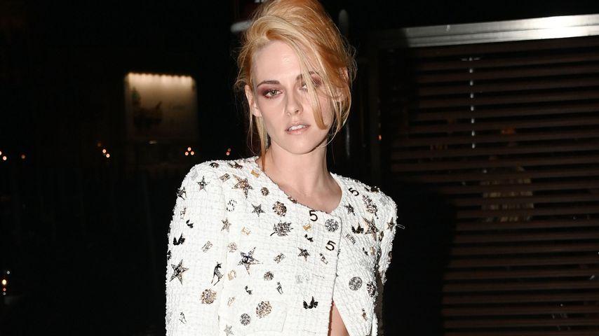 Wow! So aufwendig ist Kristen Stewarts Kleid für Diana-Film