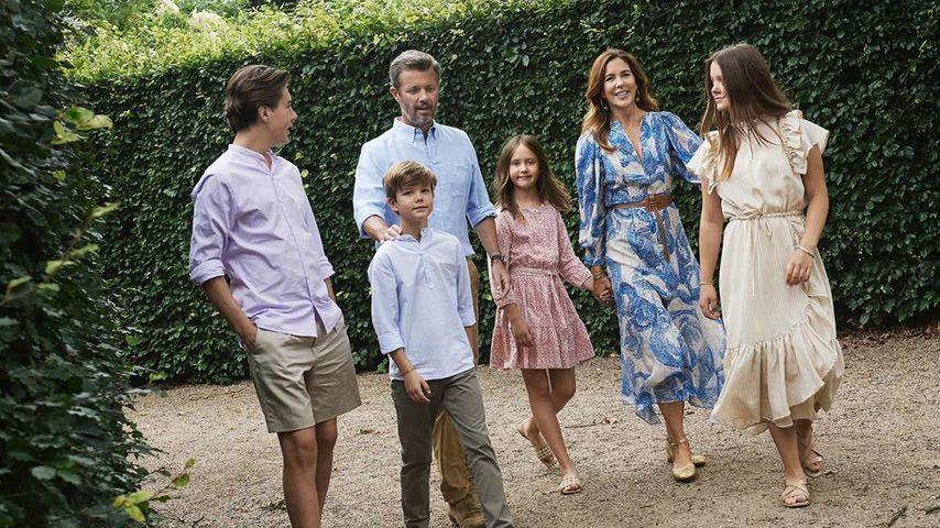 Kronprinz Frederik und seine Frau Mary mit ihren Kindern Christian, Josephine, Vincent und Isabella