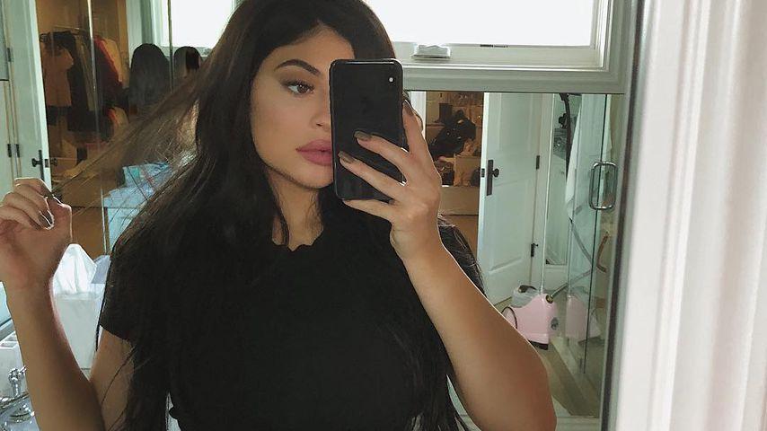 Neu-Mama Kylie Jenner: Mega-Shitstorm wegen Taillen-Trainer!