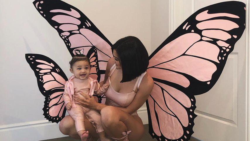 Kylie Jenner und Baby Stormi im Mama-Tochter-Kostüm