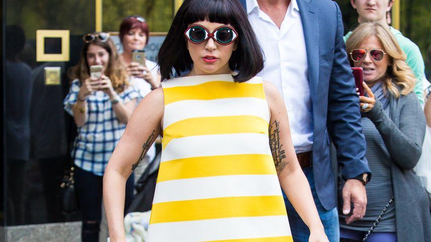 Verrückter Sixties-Look: Lady GaGa macht große Augen