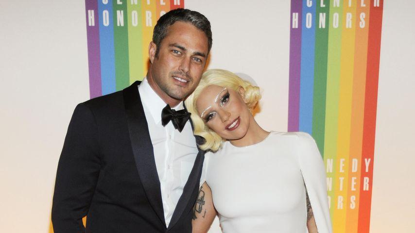 Also doch! Lady GaGa & Taylor haben sich verlobt