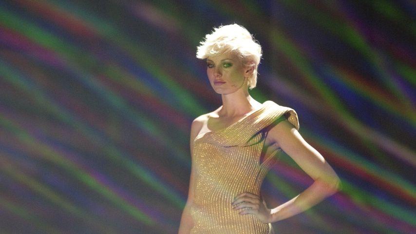"""Laura Weyel im Finale von """"Germany's next Topmodel"""" in Köln, 2010"""