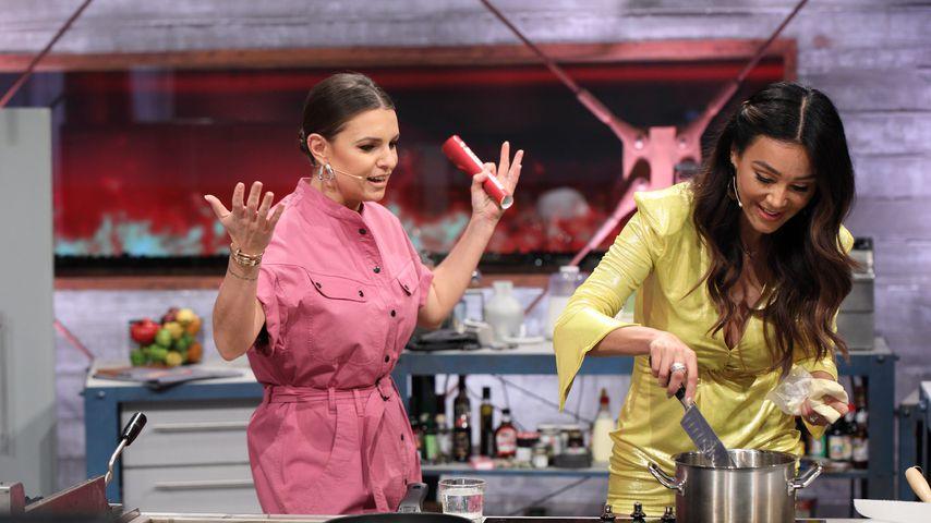 """Laura Wontorra und Verona Pooth bei """"Grill den Henssler"""" 2020"""