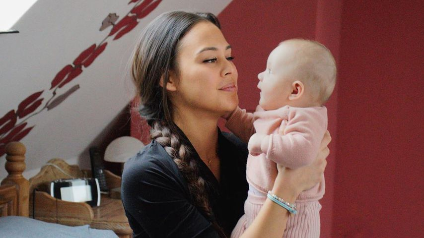 Lea mit ihrer Tochter Lilly, Februar 2020
