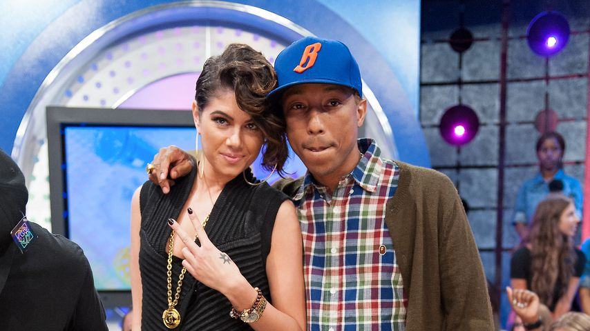 Leah LaBelle und Pharrell Williams in den BET Studios in New York City 2012