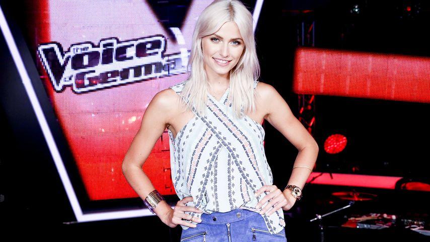 Frisch und sexy startet Lena Gercke als TVOG-Moderatorin