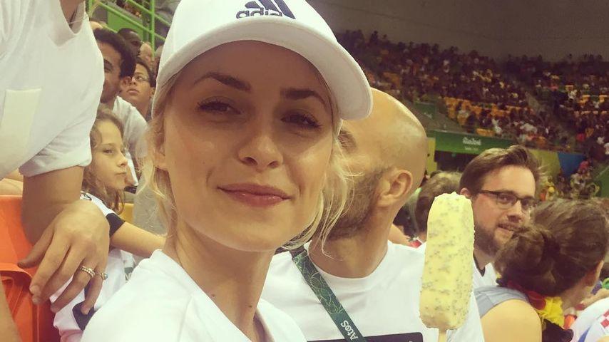 Sexy Fangirl: So heiß feuert Lena Gercke die Olympioniken an