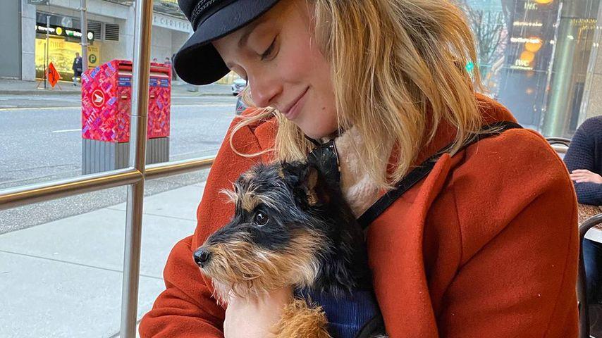 Lili Reinhart und ihr Hund Milo, Februar 2020