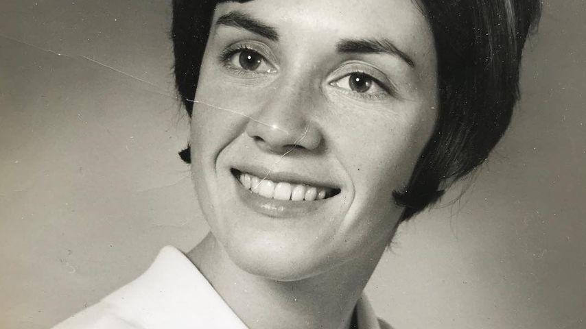 Lili Reinharts verstorbene Oma