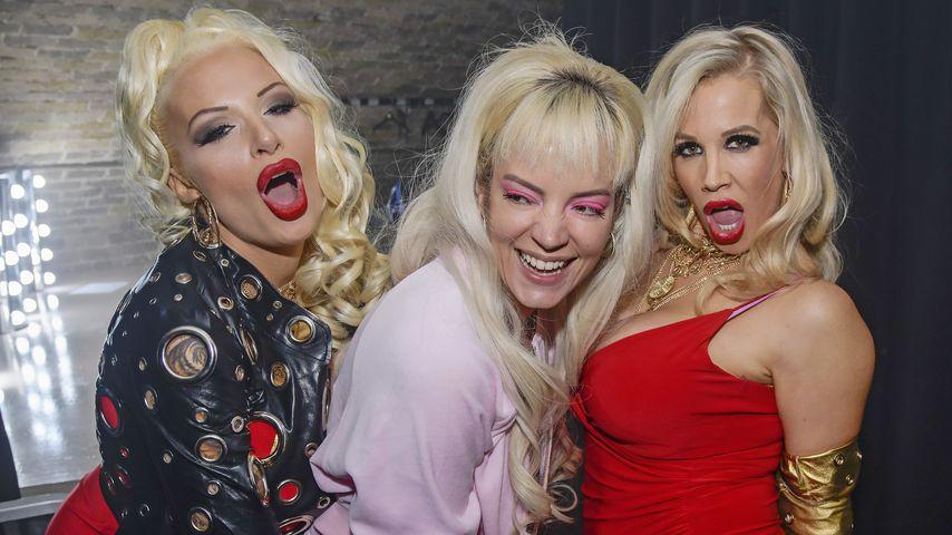 Cindy aus Marzahn-Look: Lily Allen feiert bei Porno-Party