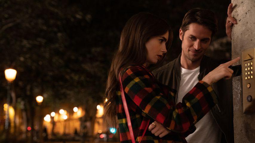"""Lily Collins und Lucas Bravo in der Netflix-Serie """"Emily in Paris"""""""