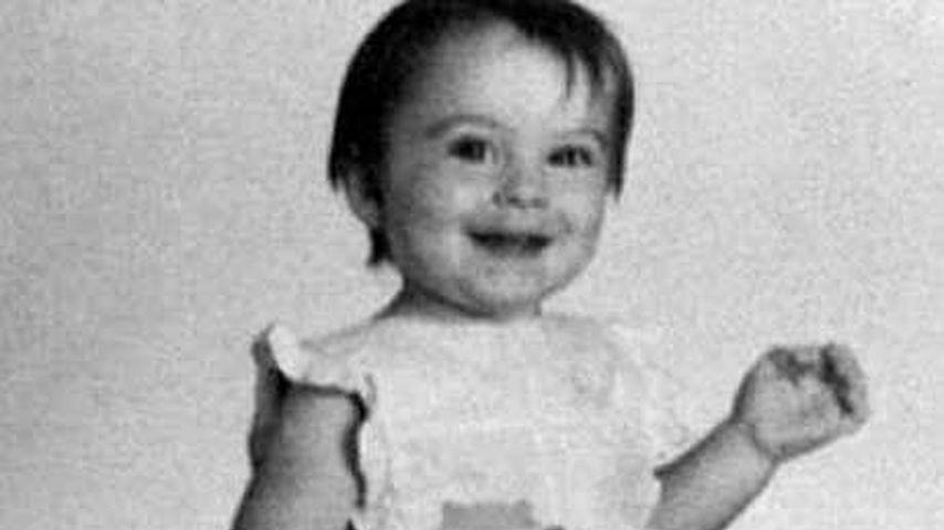 Dieses süße Mädchen feiert heute schon seinen 34. Geburtstag
