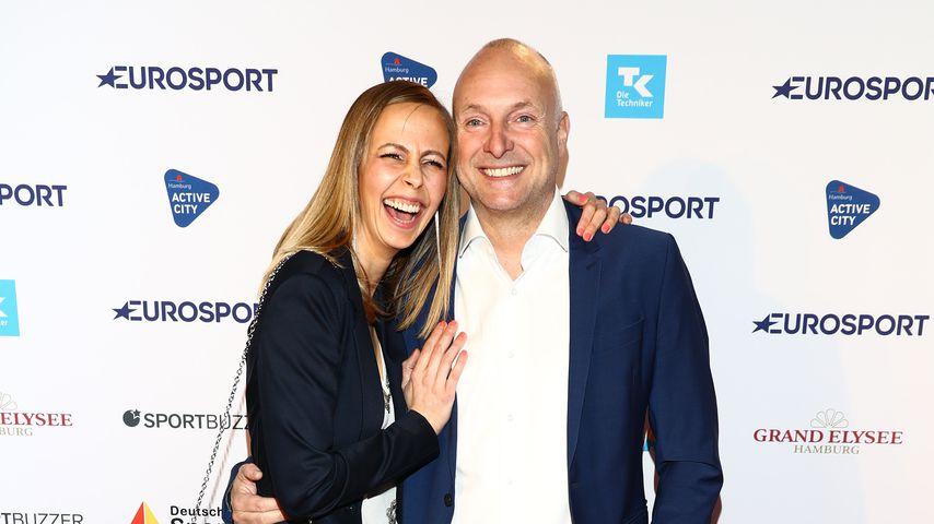 Lisa Heckl und Frank Buschmann beim Deutschen Sportjournalistenpreis 2019 in Hamburg