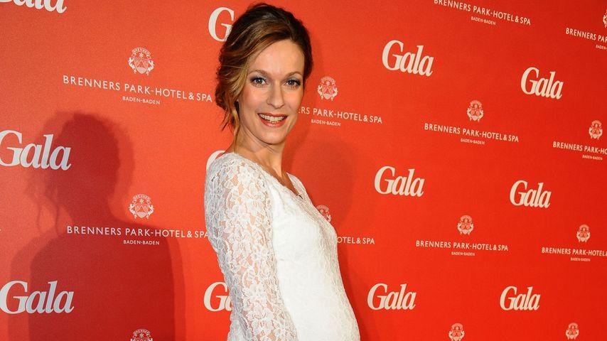 Hochschwanger! Lisa Martinek zeigt ihre Baby-Kugel