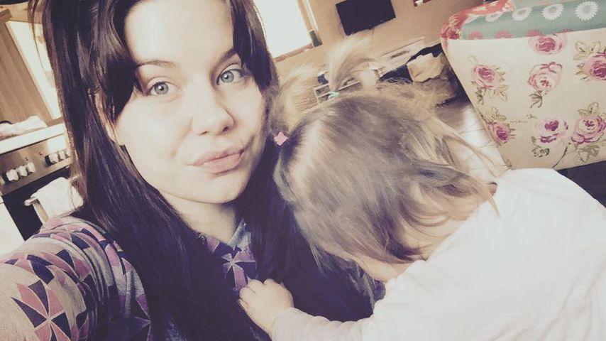 Lisa Wohlgemuth mit ihrer Tochter Majlena