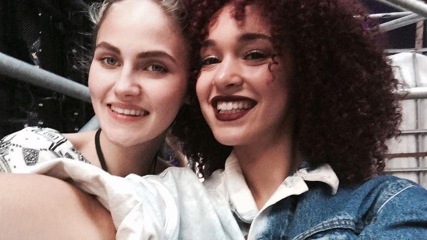 Luana Genevieve & Elena Carrière (l.) bei den Proben für das GNTM-Finale auf Mallorca