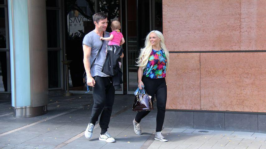 Lucas Cordalis und Daniela Katzenberger vor dem Savoy Hotel in Köln