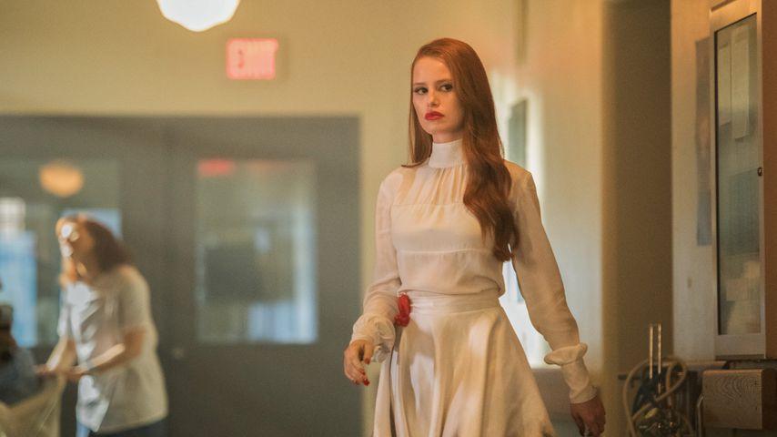 "Madelaine Petsch als Cheryl Blossom in ""Riverdale"" Staffel 2"