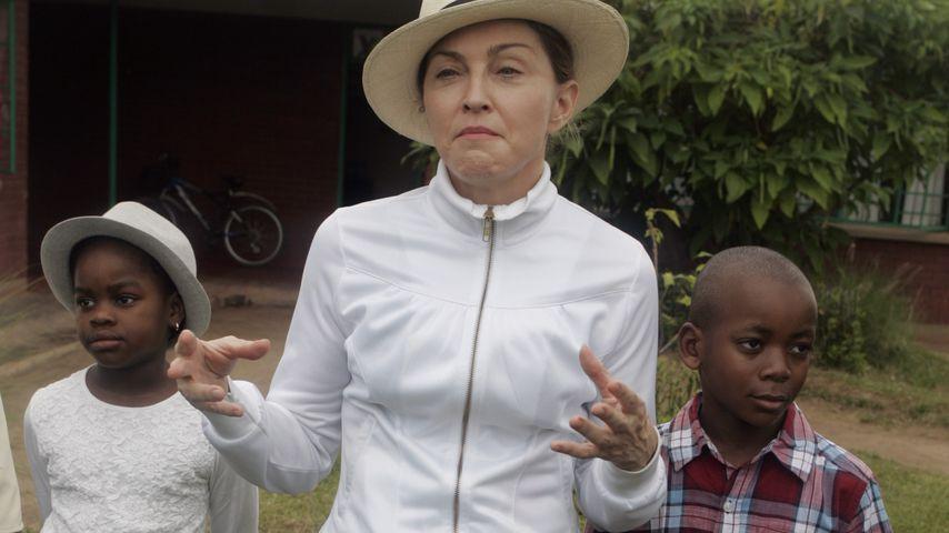 Madonna mit ihren ersten beiden Adoptivkinder Mercy und David