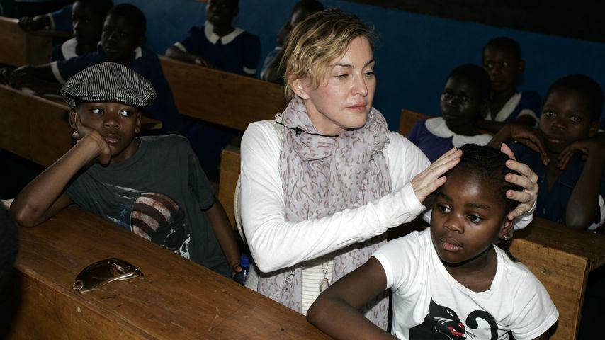 Madonna mit ihren Kids David und Mercy