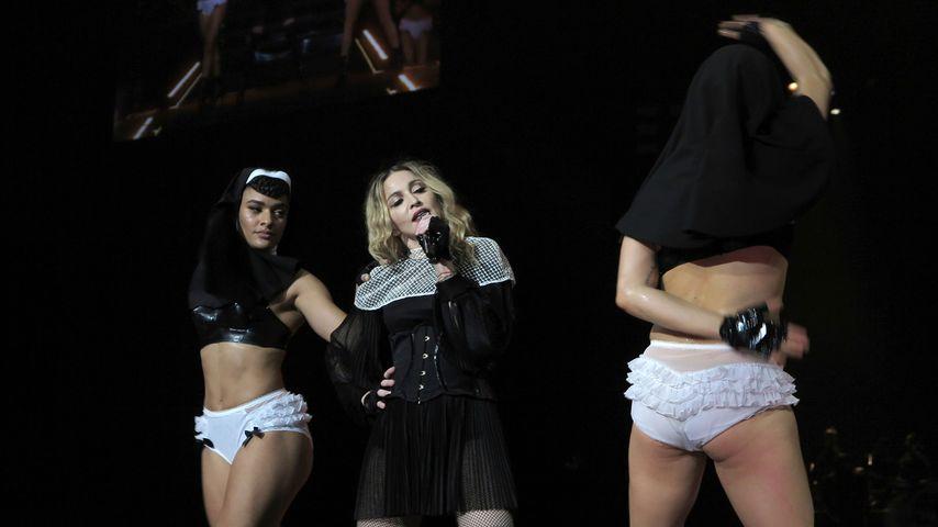 """Mega-Show! Madonna eröffnet halbnackte """"Rebel Heart""""-Tour"""