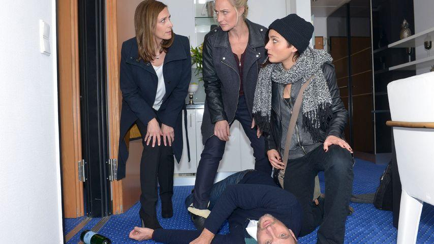 Ulrike Frank, Eva Mona Rodekirchen, Linda Marlen Runge und Dieter Bach