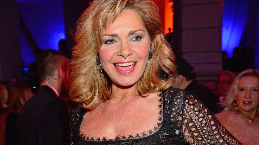 Schnittig mit 55: Maren Gilzer als Party-Hopperin