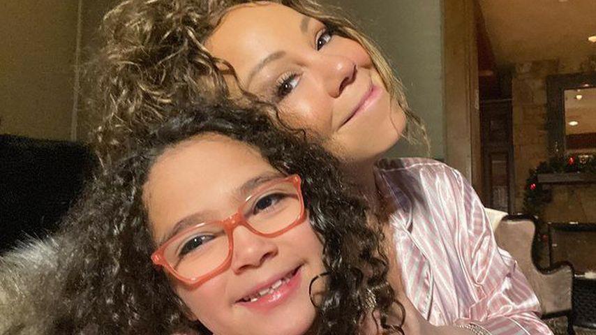 Mariah Carey (r.) mit ihrer Tochter Monroe