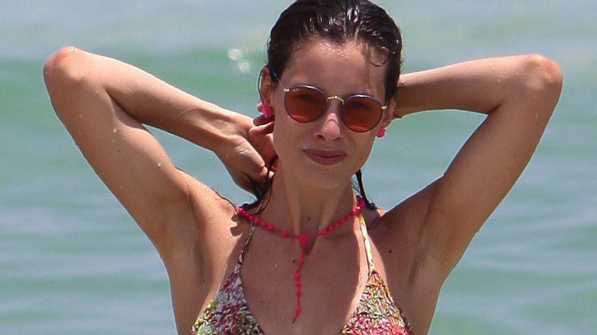 Wow! So heiß ist Eros Ramazzottis Marica im Bikini