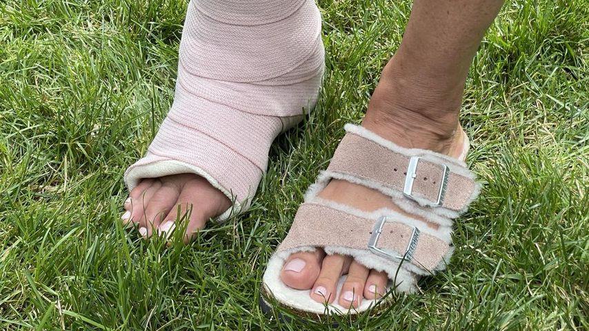 Mariska Hargitays gebrochener Knöchel im Juli 2021