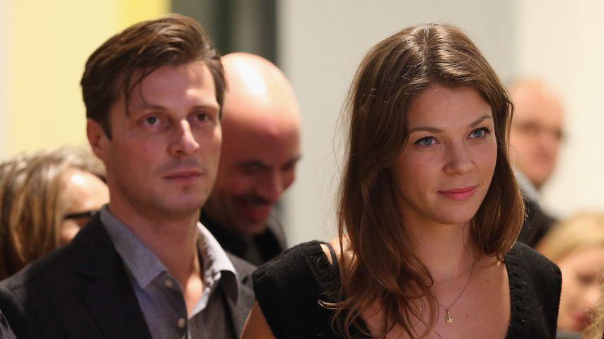 Markus Selikowsky und Jessica Schwarz bei einer Party