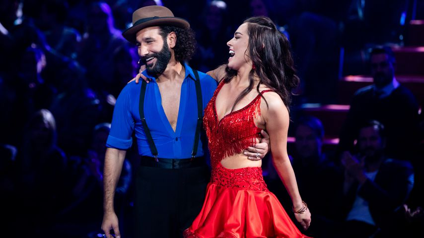 "Massimo Sinató und Lili Paul-Roncalli bei ""Let's Dance"" 2020"