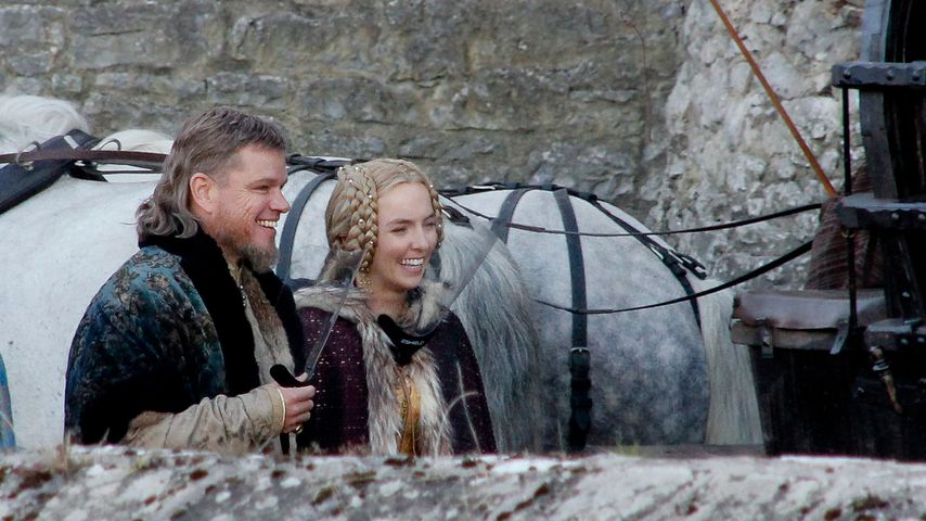 "Matt Damon und Jodie Comer am ""The Last Duel""-Set"