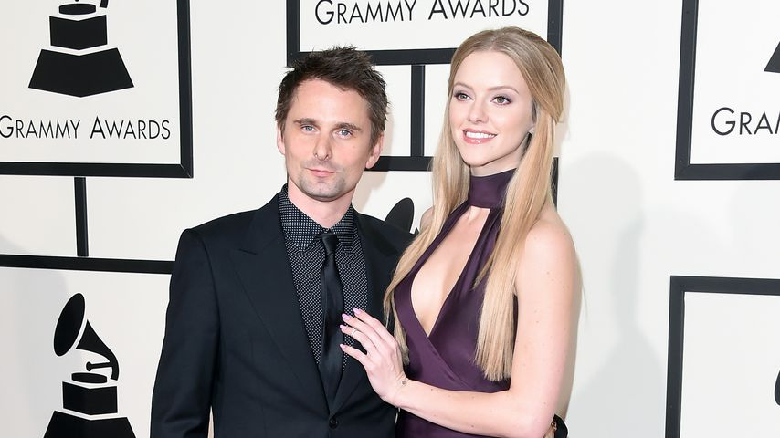 Matthew Bellamy und Elle Evans  bei den Grammys 2016