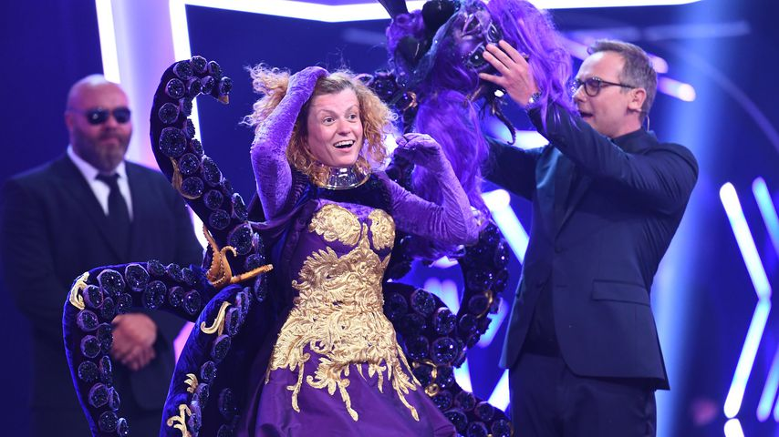"Lucy Diakovska und Matthias Opdenhövel bei ""The Masked Singer"""