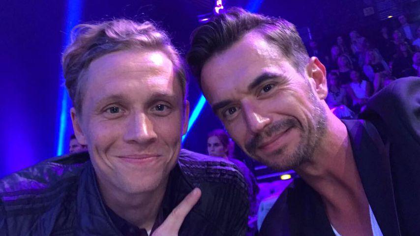 Bei Guidos Fashion-Show: Matthias & Flori albern rum!