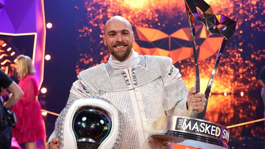 """Max Mutzke als Astronaut bei """"The Masked Singer"""""""