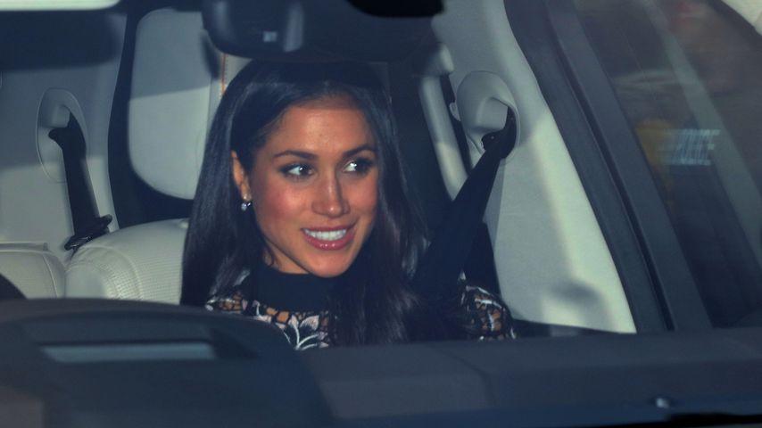 Beim Xmas-Lunch der Queen: Meghan Markle trägt Sale-Dress!