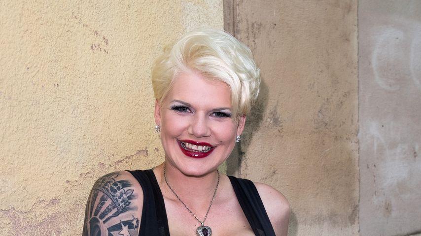 Rundumschlag beim Beauty-Doc: Melanie Müller frisch operiert