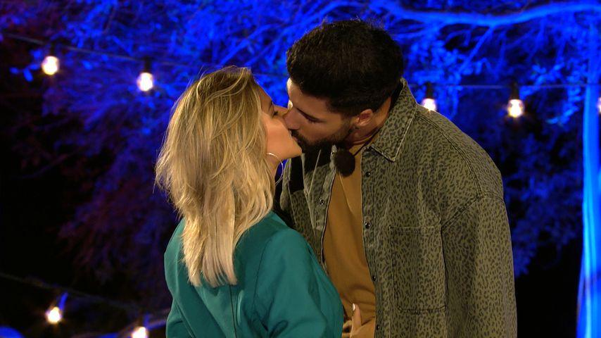 """Melanie und Murat bei """"Love Island"""""""