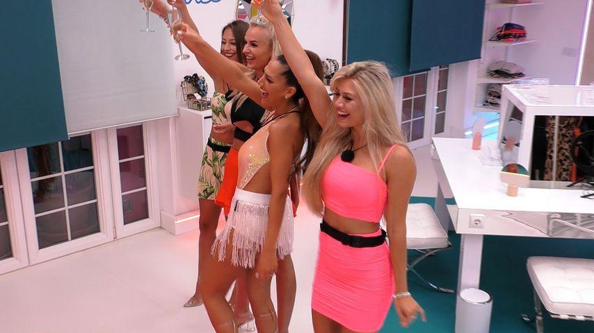 """Melina, Anna, Geraldine und Chiara bei """"Love Island"""" 2020"""