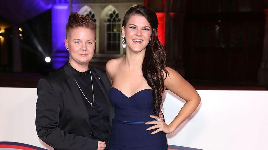 Meri Sopanen und Saara Aalto bei den The Sun Military Awards, 2016